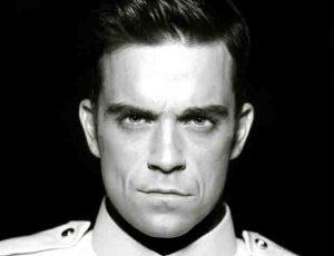 """Robbie Williams alarma a sus fans por """"anomalías"""" en el cerebro"""
