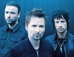 Muse regresa con nuevo single y videoclip futurista inspirado en los 80's