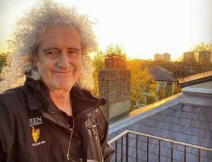QUEEN: El guitarrista Brian May hospitalizado después de un ataque al corazón.
